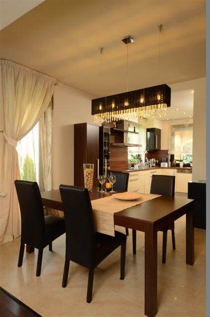 Egyedi nappali bútor készítés étkezőasztallal