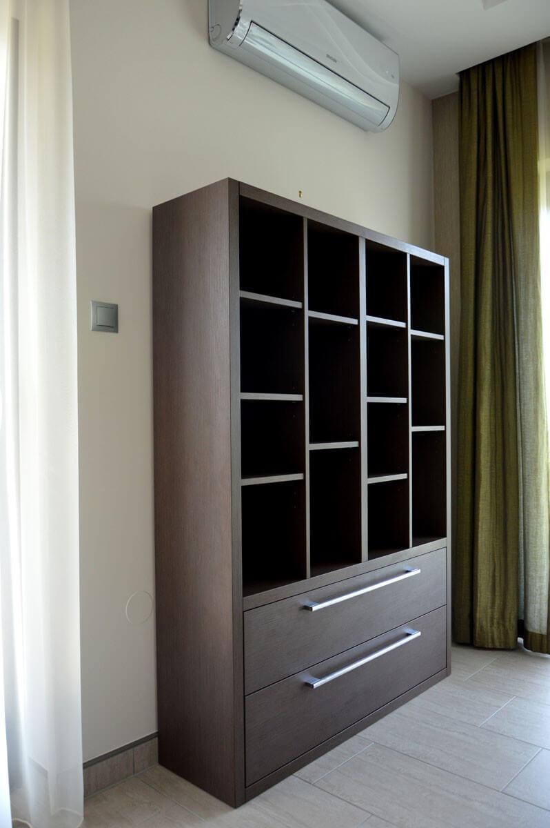 Egyedi nappali bútor készítés könyvespolccal