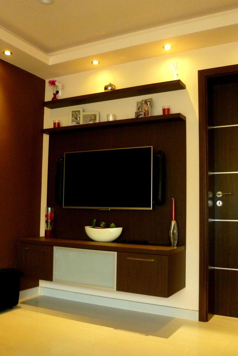 Egyedi szobabútor gyártás falra építve, rejtett spotlámpa világítással
