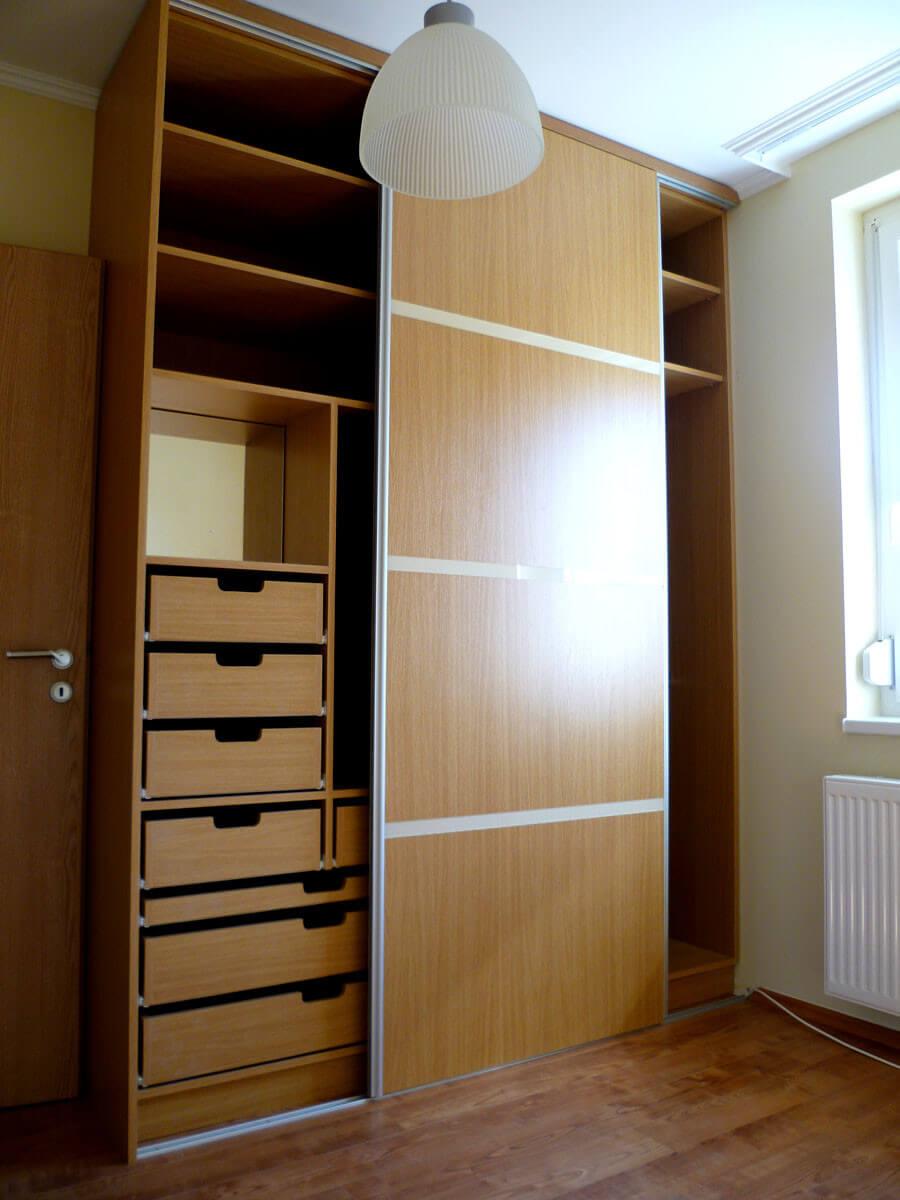 Egyedi tolóajtós hálószoba bútor készítés