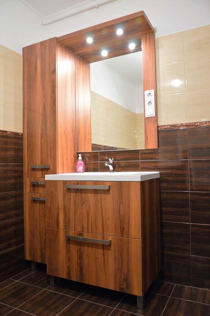 Egyedi fürdőszoba bútor készítés fiókos szekrénnyel, fali tükörrel, spotlámpa világítással