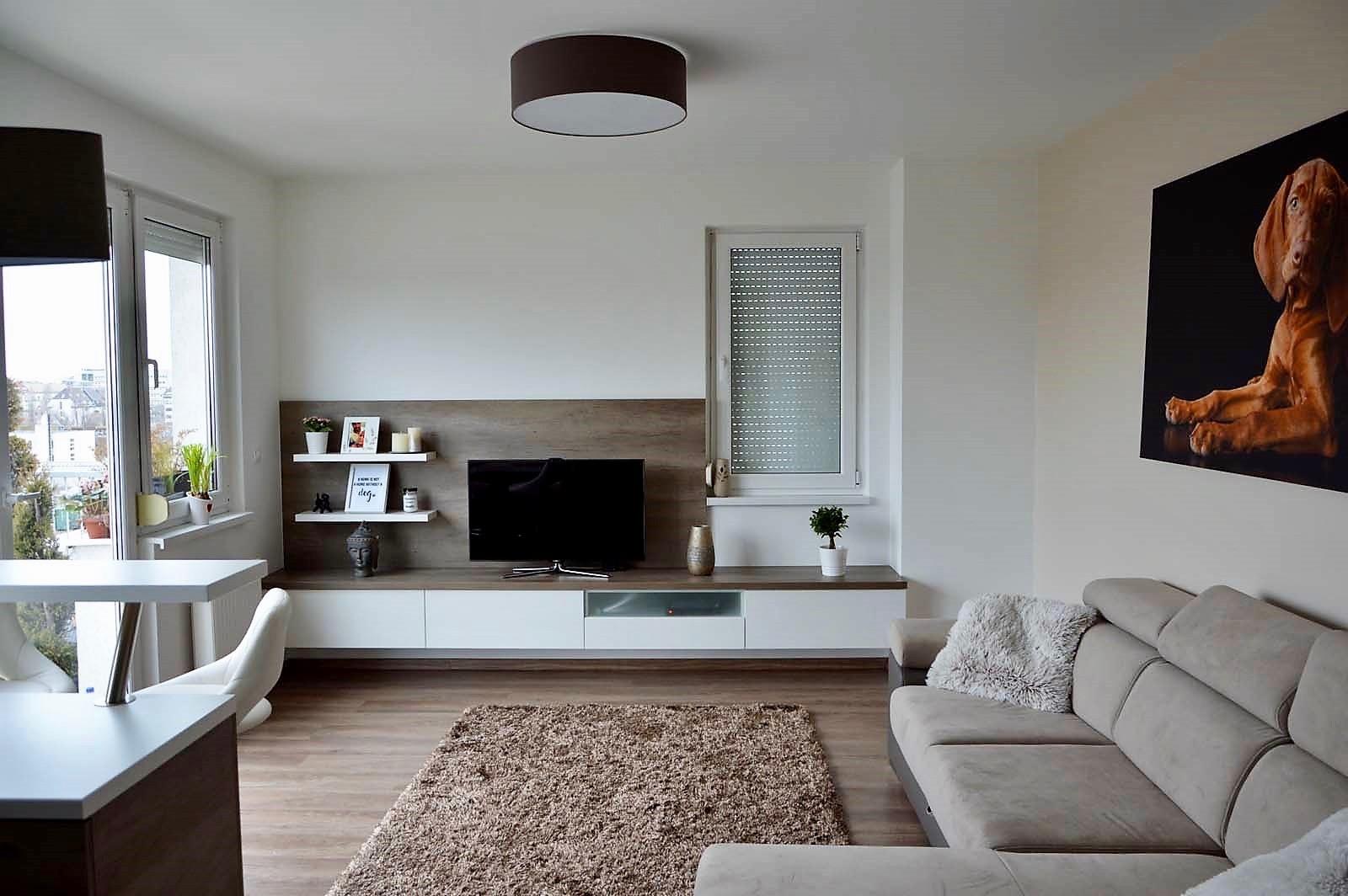 Egyedi-nappali-bútor-készítés-lebegő-kivitelbe-fiókokkal-konyhabútorral-egy-légtérbe